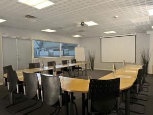location-salles-reunion-bureaux-aeroport-rennes