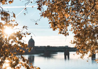 Destination Toulouse en avion avec easyJet et AirFrance