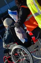 personne-mobilite-reduite-aeroport-rennes-bretagne